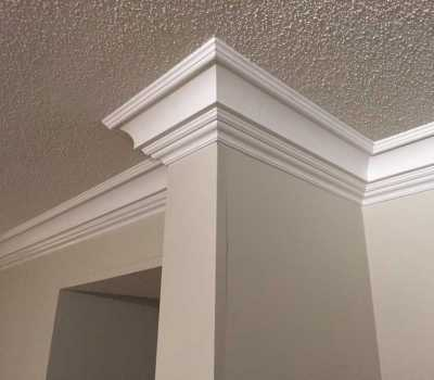 crown moulding in house