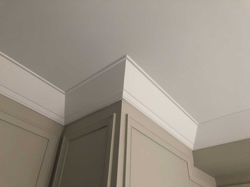 luxury cornice moulding