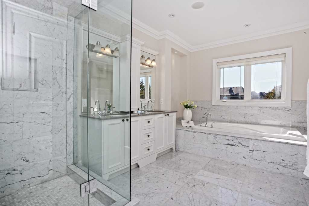 bathroom moulding Toronto