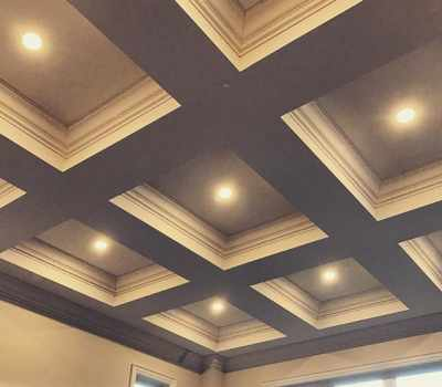 modern ceiling with pot-lights