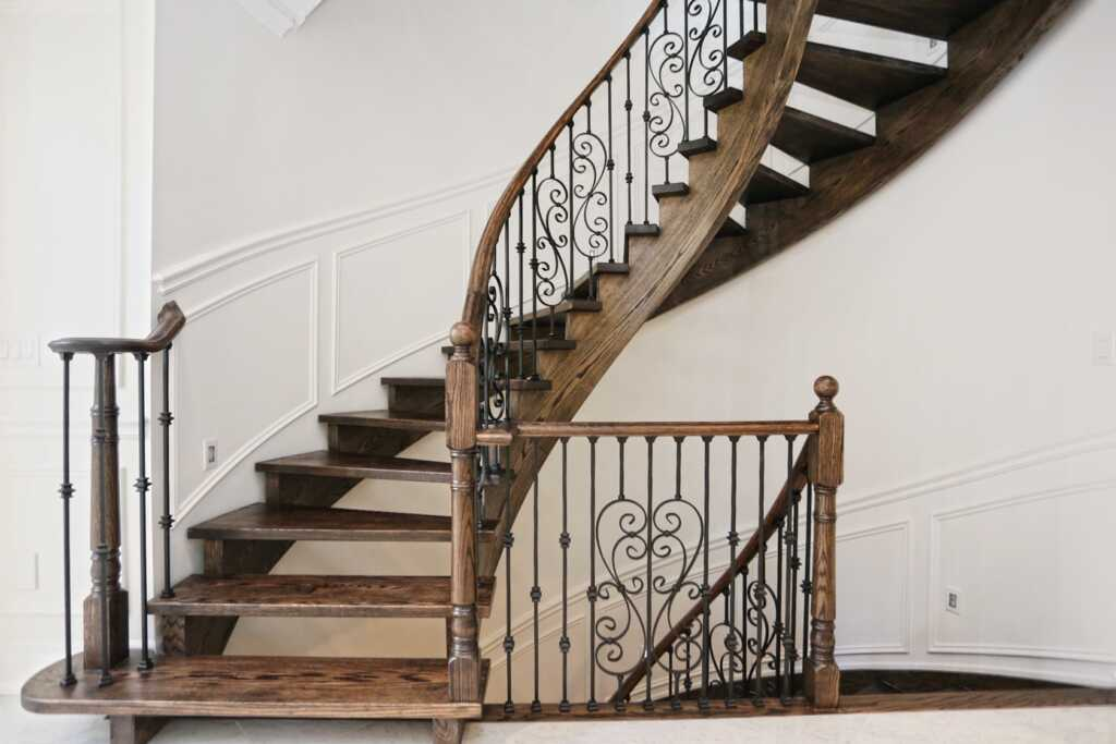 Wainscoting Decor in Amazing Staircase Hallway Barrie